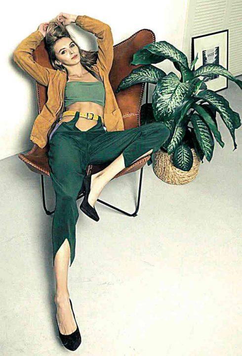 Для брендів у Китаї позувала 16-річна вінничанка Анастасія