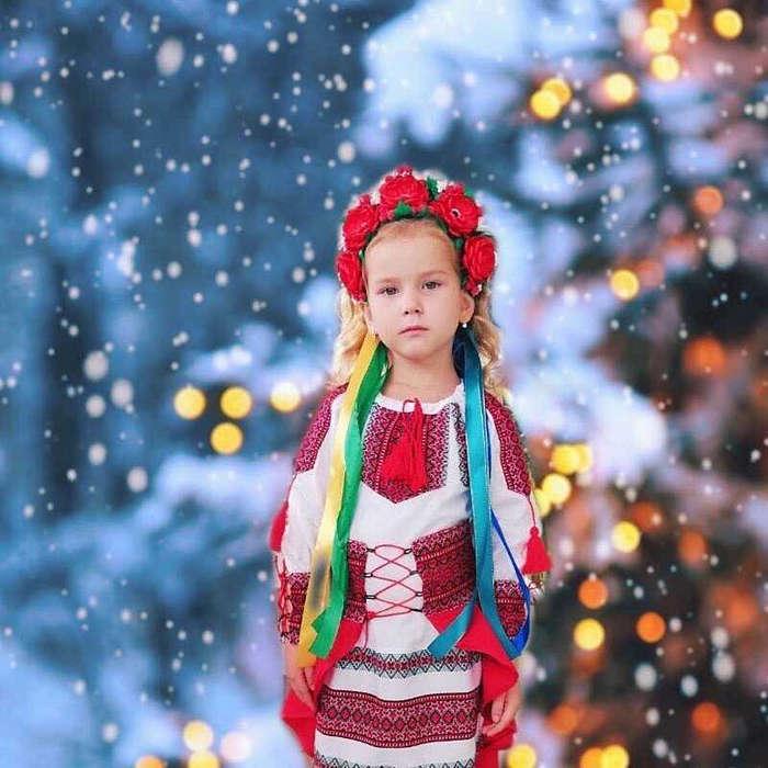Моделі з Вінниці доєднались до рекорду України. Вони вихованки унікальної школи, де навчаються моделінгу діти із сіл