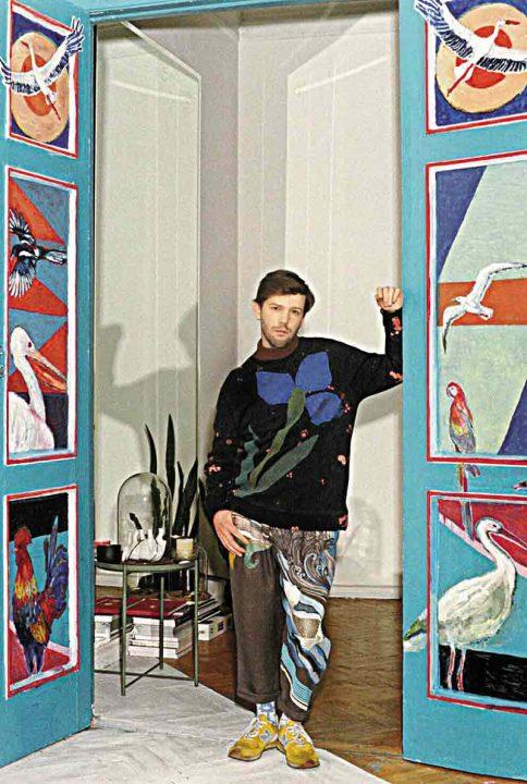 """Руслан з Тульчина сім років жив у дитбудинку, а зараз відомий дизайнер, він вишив сукню Джамалі на """"Євробачення"""""""