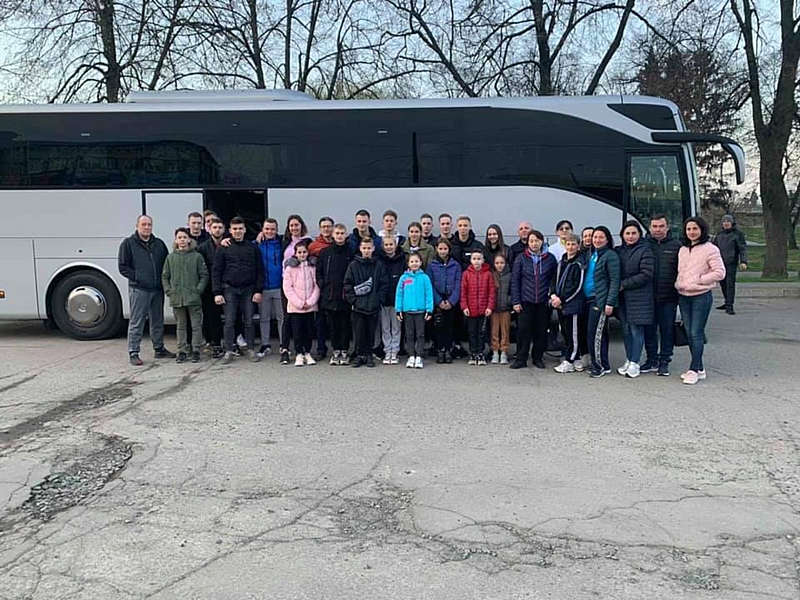 Збірна України із гімнастики поїхала на чемпіонат світу
