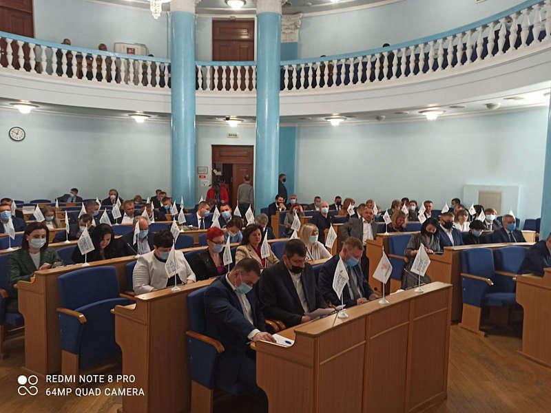 Восьма сесія обласної ради розпочинає роботу