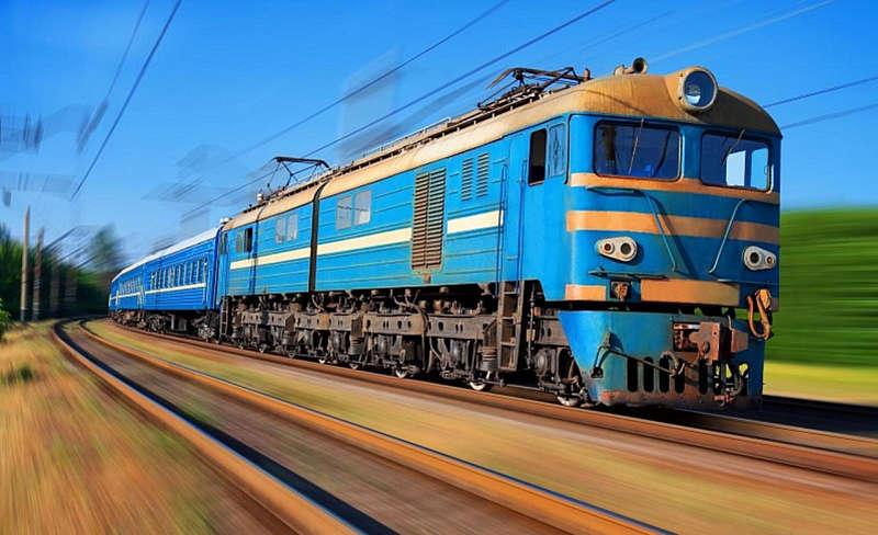 Укрзалізниця призначить 11 додаткових потягів на Великодні свята: напрями