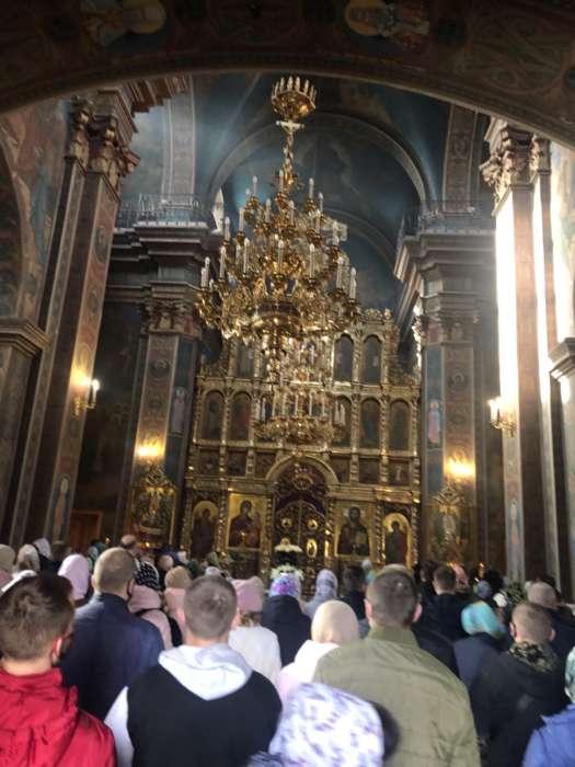 Вербна неділя привела в храми тисячі вінничан і українців