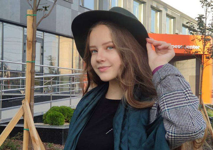 Школярка з Вінниччини стала суперфіналісткою конкурсу «Молодь дебатує»