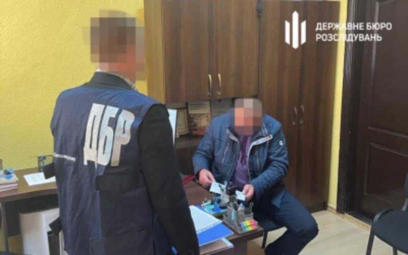 Слідчі ТУ ДБР у Хмельницькому повідомили про підозру працівнику ДП «Дашівське дослідне лісомисливське господарство» через службову недбалість