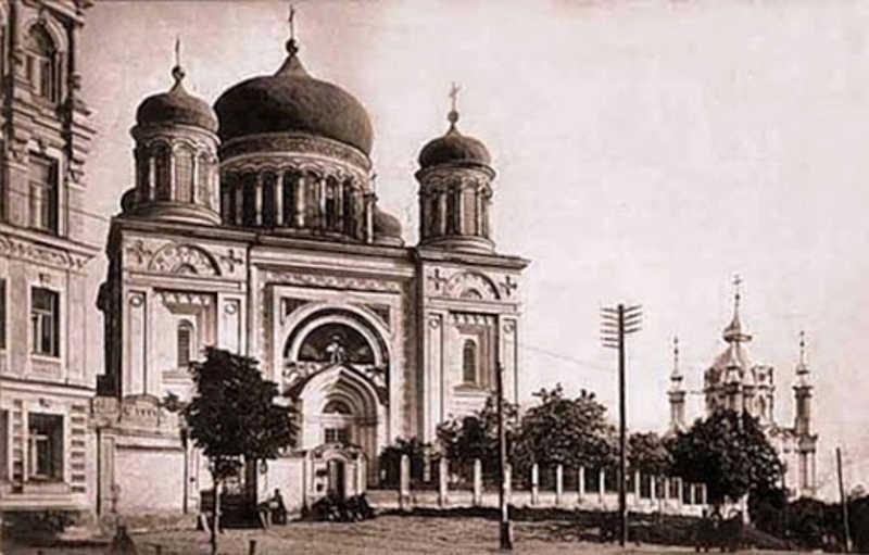 Десятинну церкву освятили у Києві, утворення Брацлавської і Подільської губерній та землетруси в Китаї – 12 травня в історії
