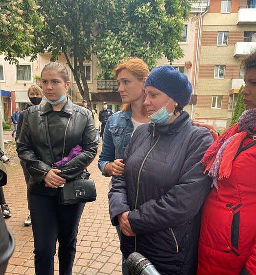 """""""У момент аварії на місці могло бути 4 дітей"""" – у Вінницькому суді обирають міру запобіжного заходу п'яній водійці """"Haval"""", яка збила 13-річного Андрійка"""