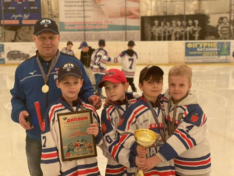 Тріумф «Патріотів» на турнірі з шорт-хокею з шайбою!