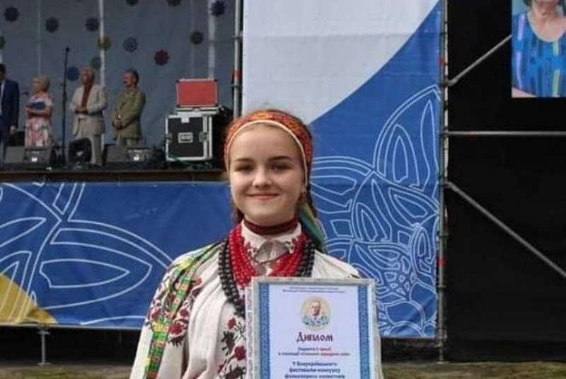 Діана з Козятина стала лауреаткою фестивалю Гната Танцюри. На сцені дівчинка з 4 років!