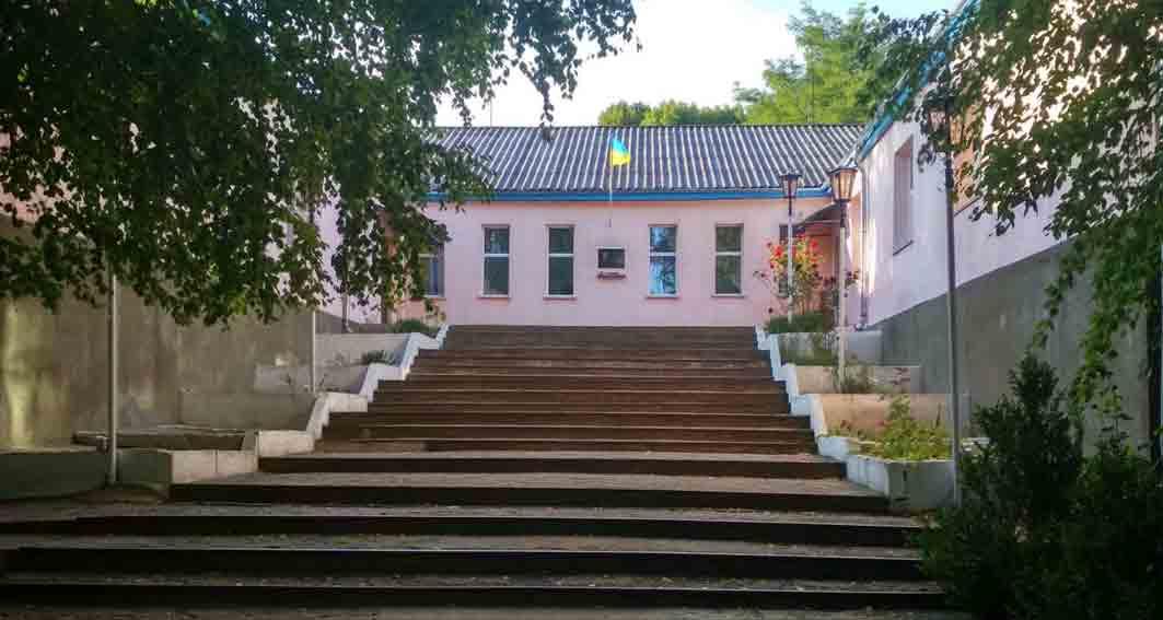 Війна за школу починається у Гонорівці. Батьки проти реорганізації