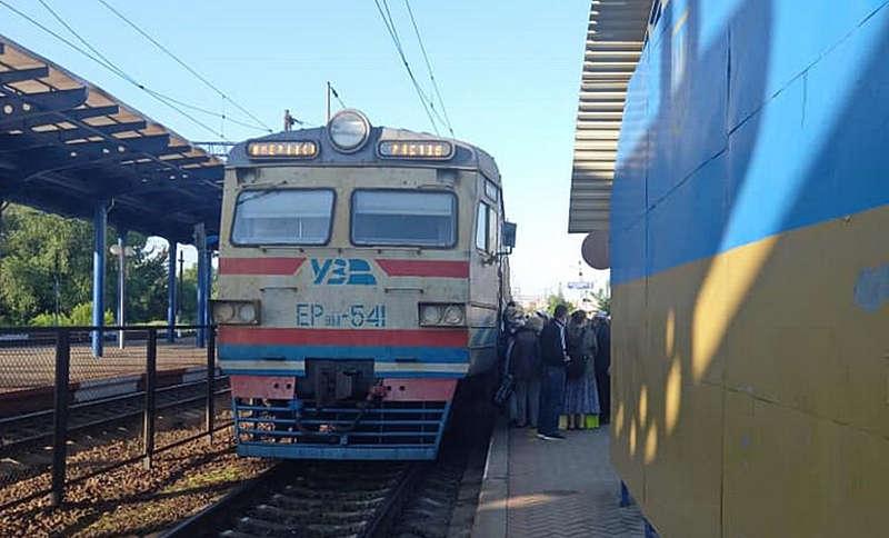 Нарешті запустили електричку «Жмеринка – Київ»! Розклад руху та зупинок…