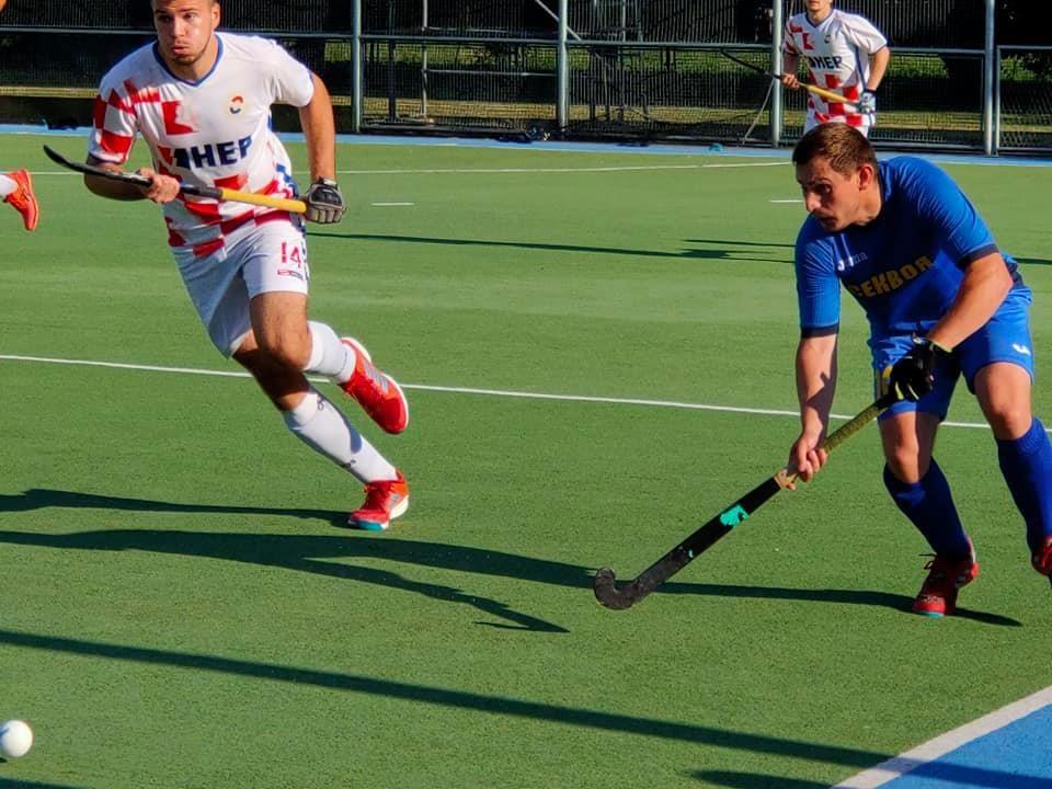 Збірна з хокею на траві перемогла хорватів