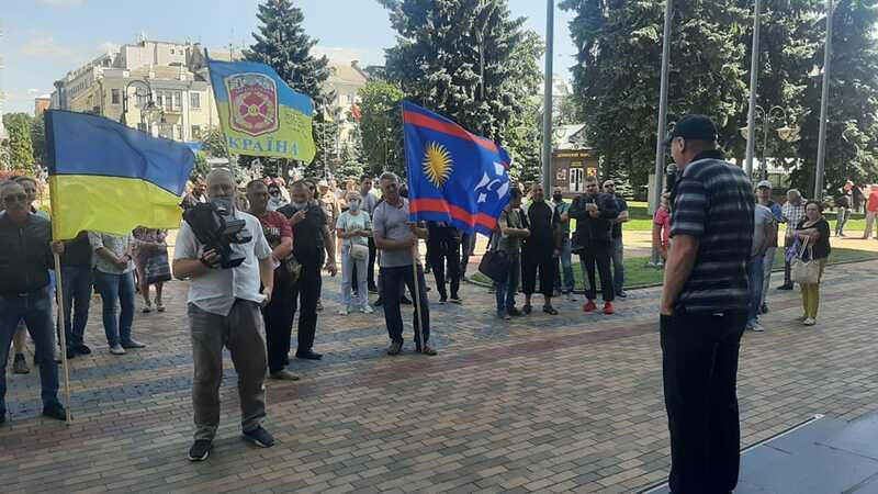 Атовці у Вінниці вимагають перемовин із мерією щодо забудови 10-го мікрорайону! Їх запросив заступник Матусяк (відео)