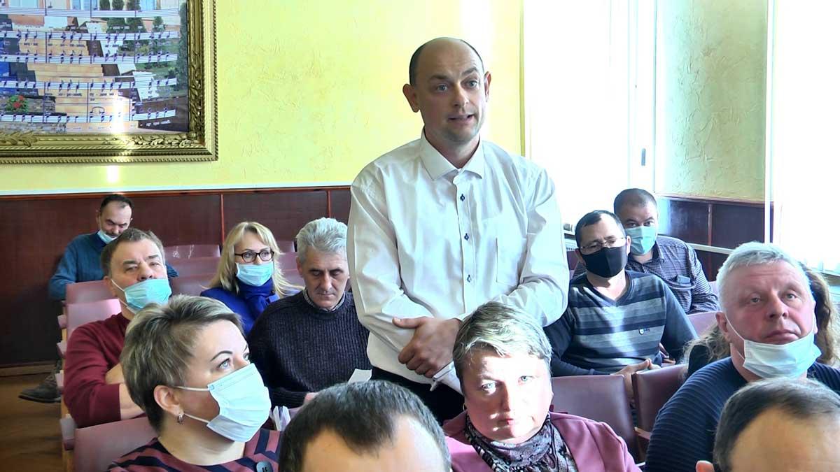 """""""Ламати нас через коліно не вийде"""", – сказали депутати і через суд відмінили рішення установчої сесії у Тростянці"""
