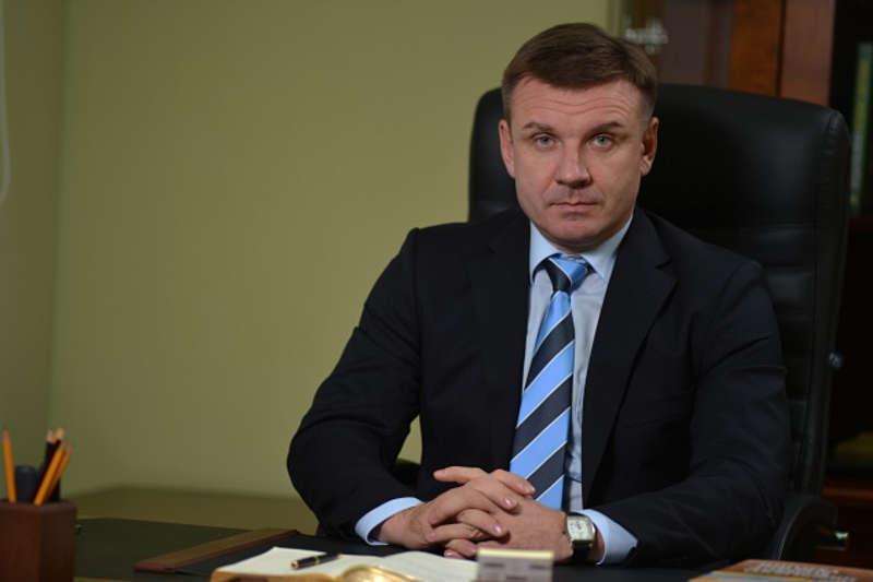 Вінничанин Андрій Діхтярук став першим заступником голови Бучанської РДА. Чому конкуренти вважають, що він не має права бути на держслужбі?
