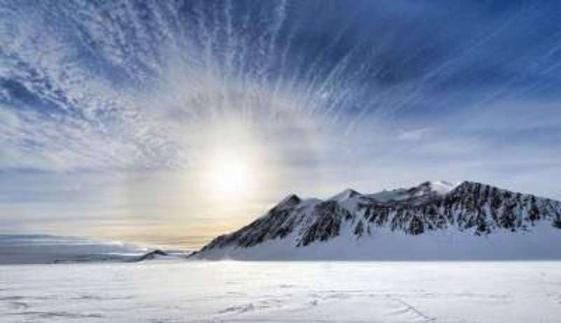 Рекорди Антарктиди. Найнижча температура –98,60, найвища +18,30