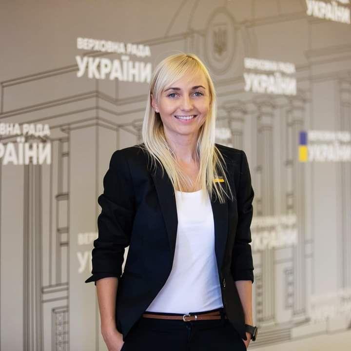 Народна депутатка з Вінниці Олександра Устінова закликала колег у Парламенті підтримати законопроєкт про медичний канабіс