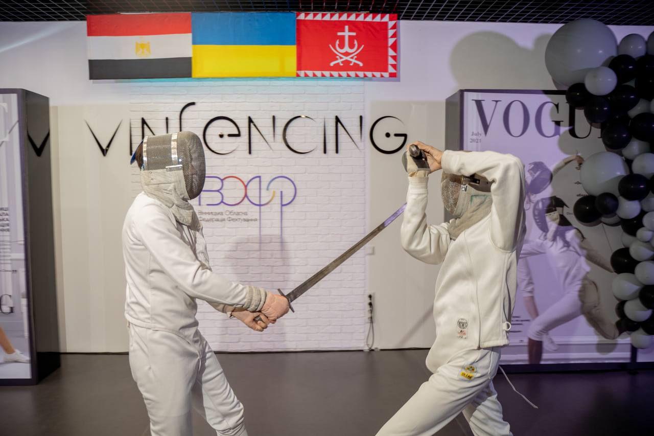 У Вінниці відкрили міжнародний клуб з фехтування того ж дня, коли  український шпажист Ігор Рейзлін здобув «бронзу» на Олімпіаді в Токіо