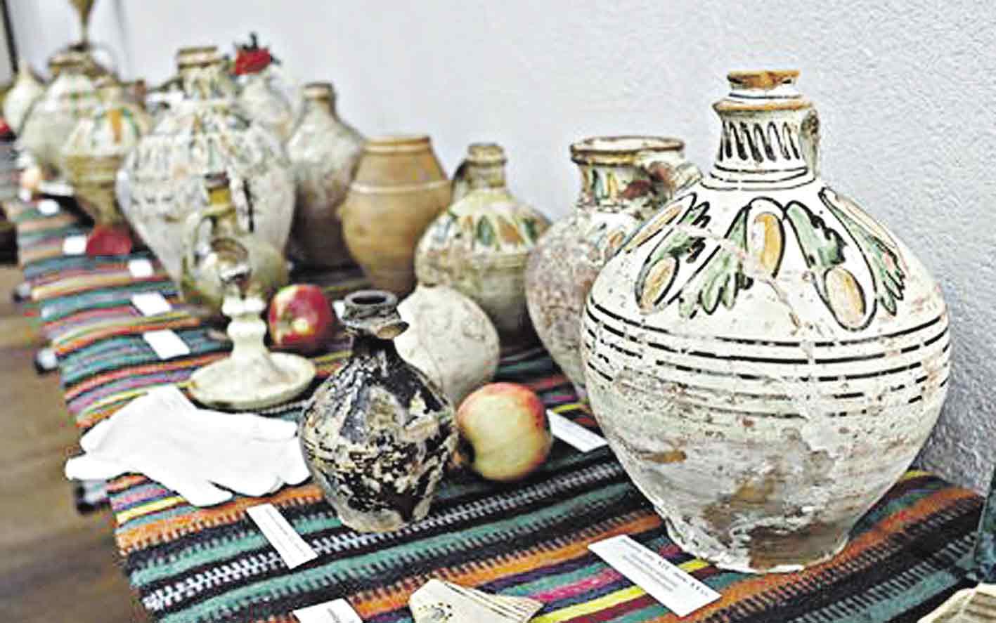 Магію барської кераміки досліджували 52 науковці