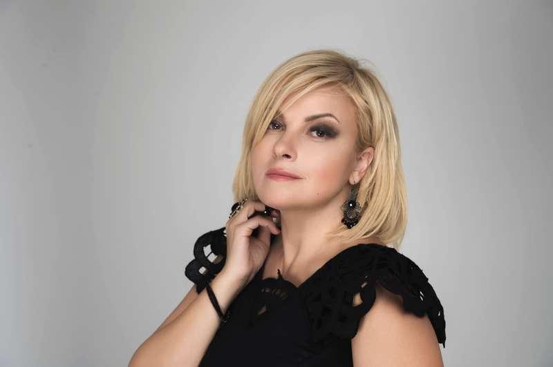 Марія Бурмака презентує проєкт «Улюблені класики» у Вінниці