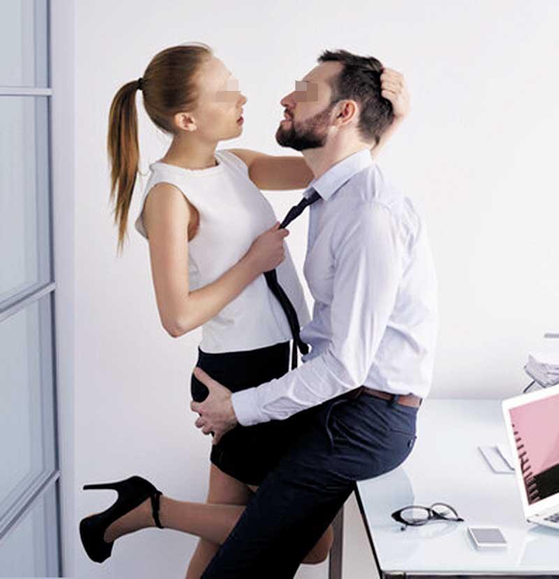 Сексу втрьох вимагав від мене бос. Казав, що це екзамен, щоб залишитись на гарній посаді