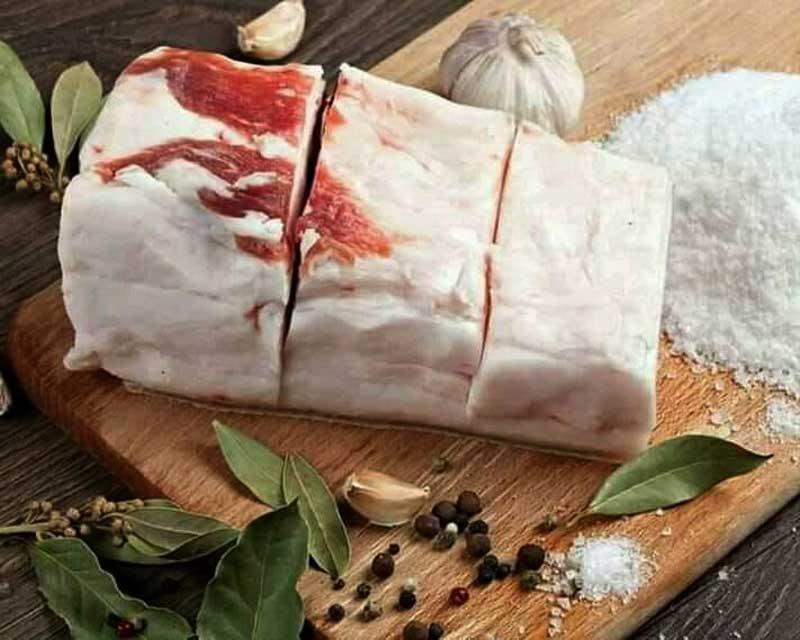 Українське сало – сила! Їжте і позбавляйтесь «поганого» холестерину