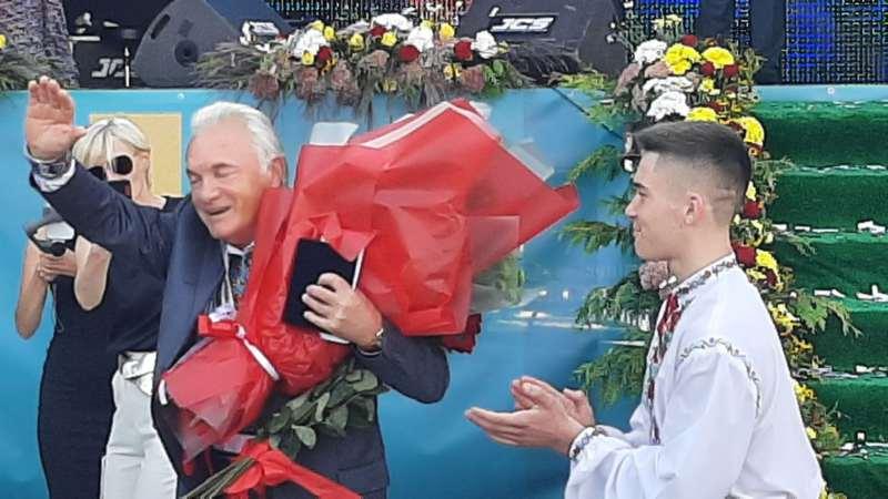 35-й Почесний громадянин міста Вінниця Петро Бойко віддав свою премію воїнам АТО (відео)