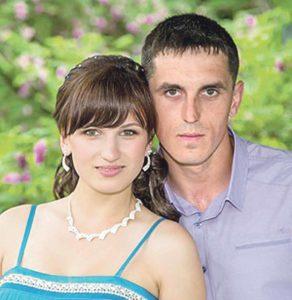 Рідні загиблих у ДТП у Вапнярці наречених вимагають розслідування екстрасенсів