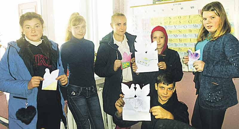 Загін школярів «Милосердя» із Люлинців у дні вибухів мобілізовував небайдужих, допомагає престарілим. Планує впорядкувати забуті могили вчителів та лікарів