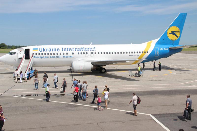 3 25 березня МАУ відкриває рейс Київ – Вінниця