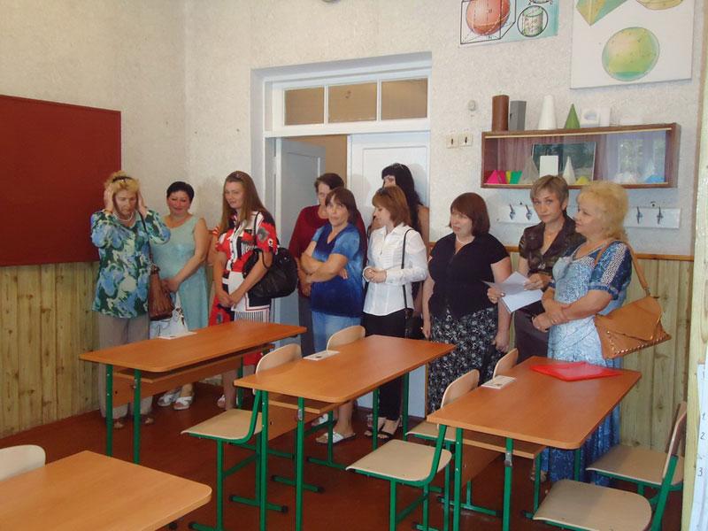 У Вінниці закриють «вечірню» школу №24… Нині її вчителі навчають 110 «зеків» із Вінницької колонії та тюрми