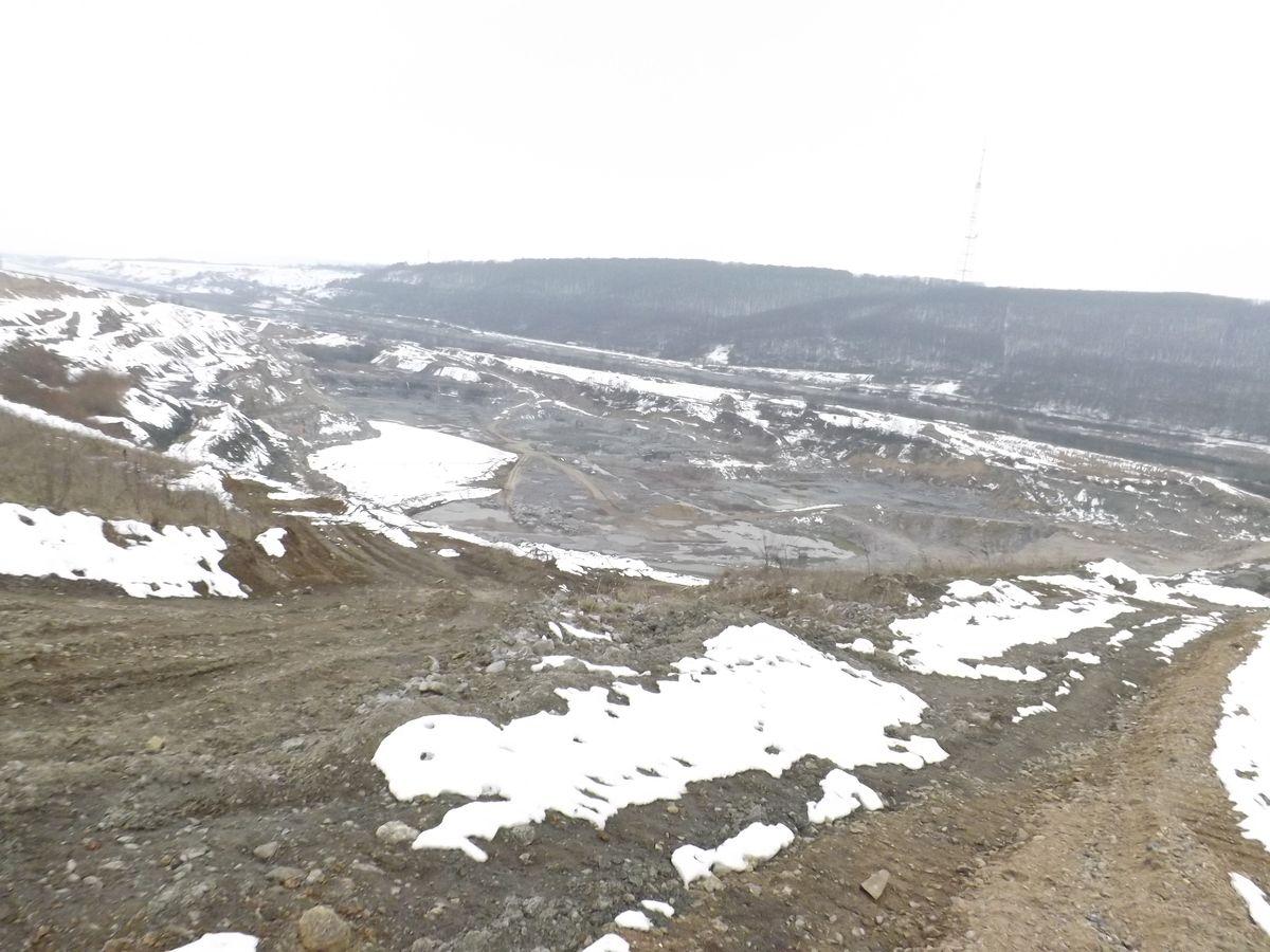 «Бурштиновими копальнями» на землях Жвана на Вінниччині називають люди видобування граніту