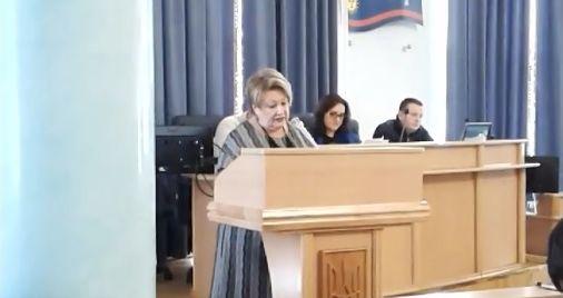 Чим засівали медіапростір Вінниччини? Депутати заслухали звіт директора департаменту
