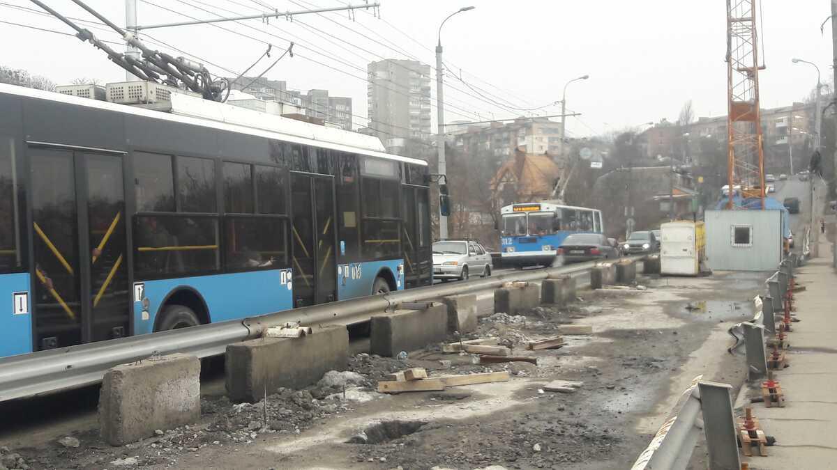 24-25 березня знову перекриють Київський міст (відео)