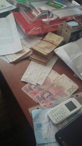 40 тисяч гривень хабара вимагав обласний чиновник у підприємця