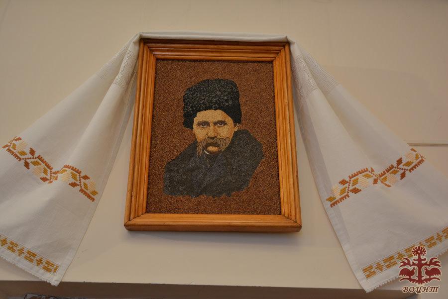 Вінницькі митці відобразили Тараса Шевченка і його героїв у своїх роботах