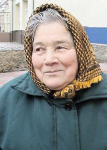 30 років пече короваї Ніна Самійлівна Танасієнко із Березівки, що у Липовці