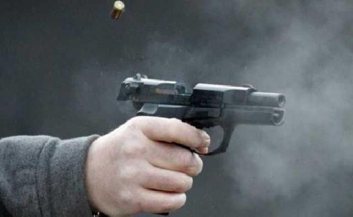 Поліцейський в школі села Рань підстрелив колегу під час показових виступів… Старший лейтенант живий і в лікарні…