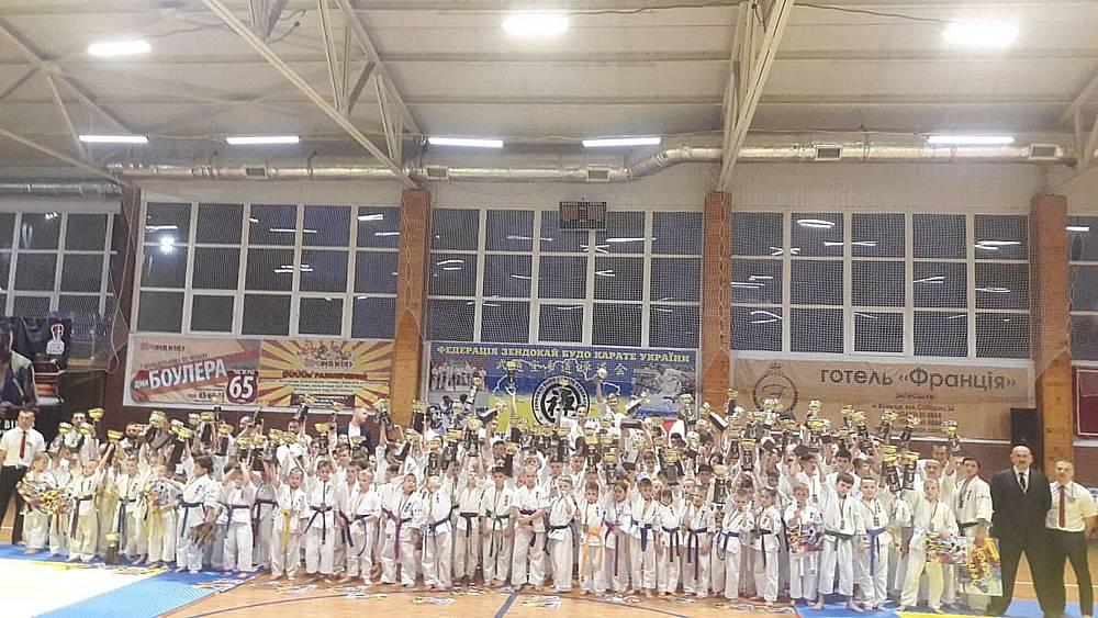 280 каратистів змагались у Вінниці на Чемпіонаті України із Зендокай Карате До (відео)