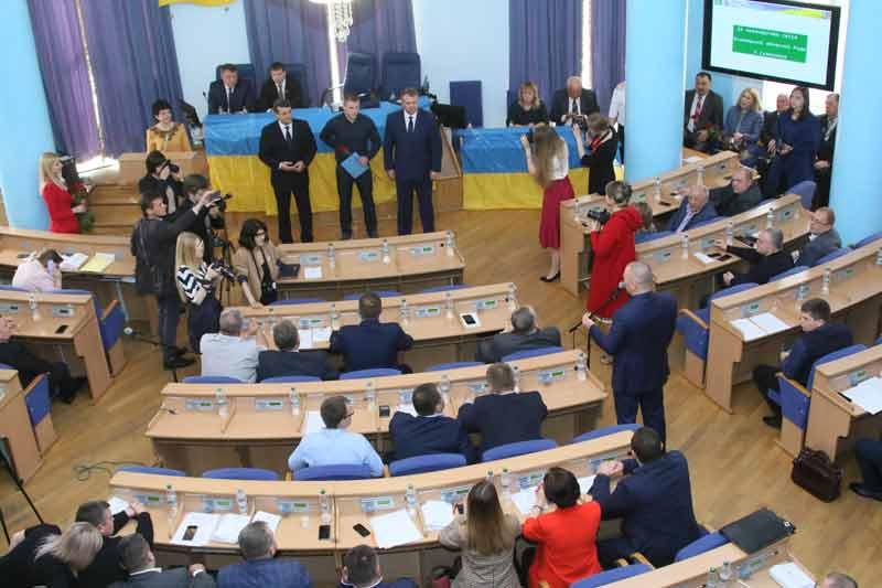 Як сьогодні у Вінницькій облраді хоронили демократію та свободу слова і спасали Юру