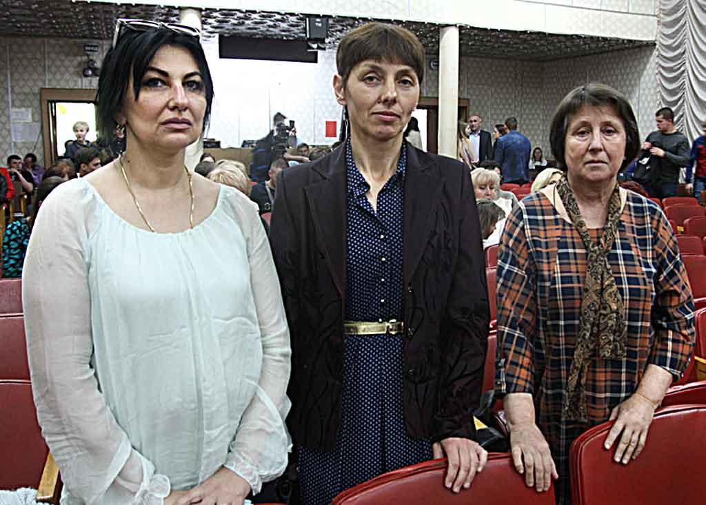 Вшанували солдатських матерів