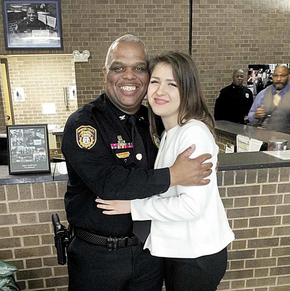 Роботу американської поліції вивчала вінницька патрульна Олена