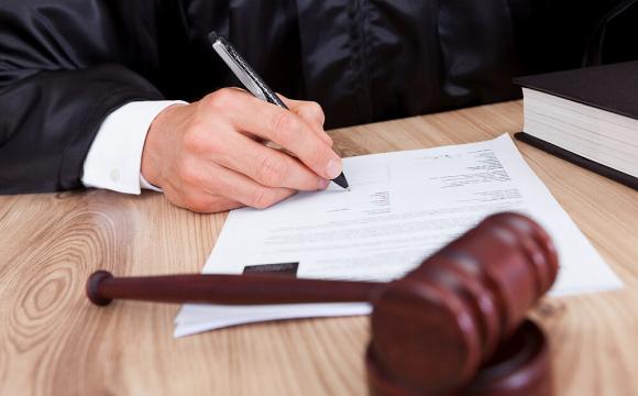 25500 гривень штрафу заплатив вінницький поліцейський, який продавав персональні дані громадян