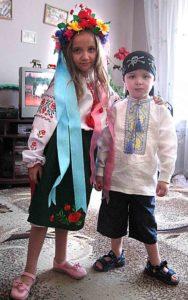 Український костюм – сімейна традиція