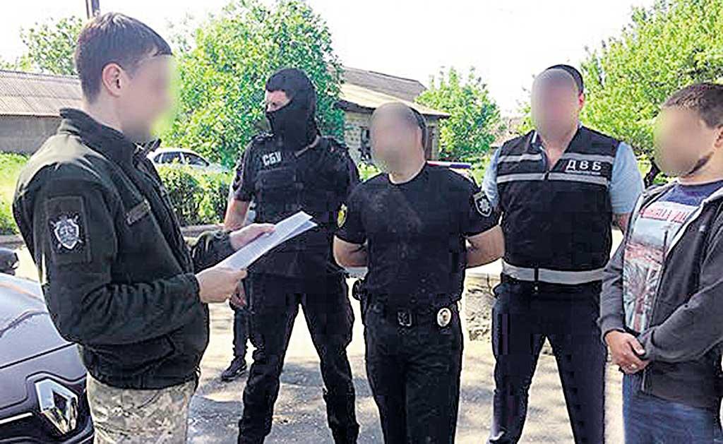 Гайворонські правоохоронці намагались «розвести» на гроші вінничанина