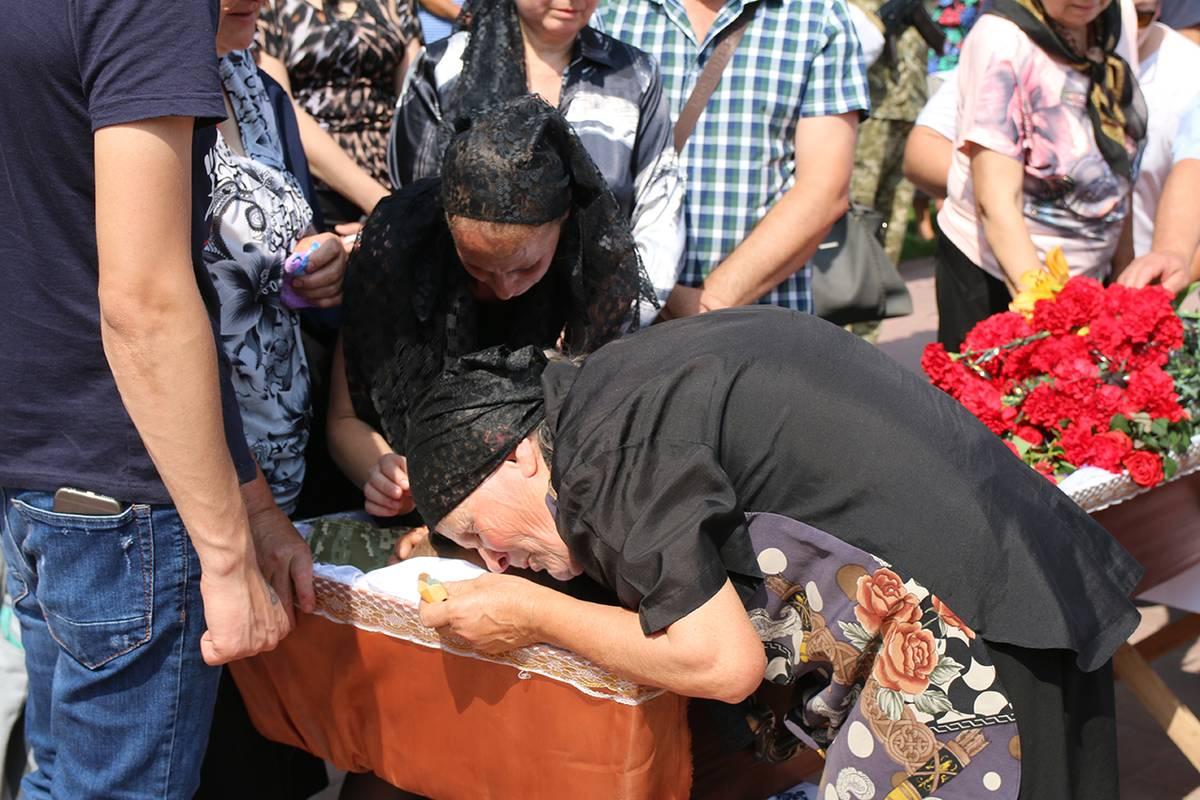 Із старшиною ЛОМом –  Олександром Лук'янчуком попрощались у Могилеві…