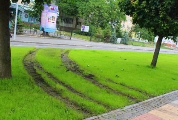 10 тисяч штрафу отримав водій Лексуса, що переїхав проспект Космонавтів, Знайти вандала допоміг студент університету (відео)