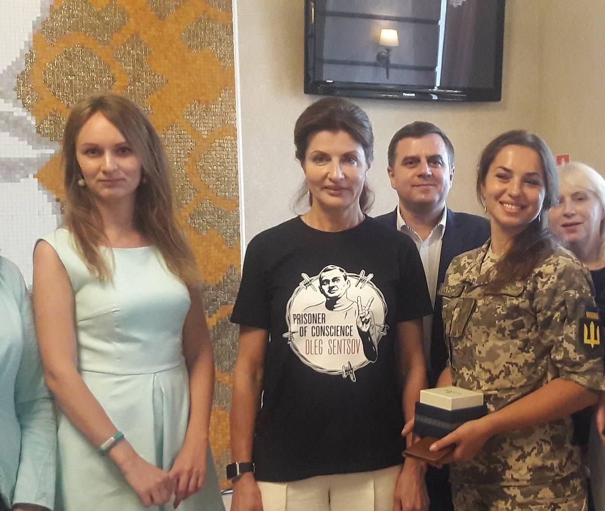 Марина Порошенко про звільнення Сенцова, інклюзивні школи та ремонти в Калинівці (відео)
