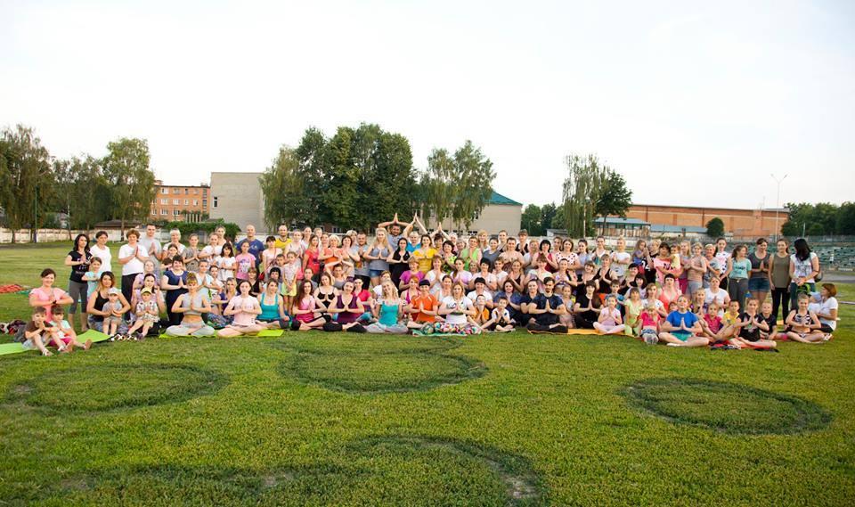 Йога-марафон у Хмільнику