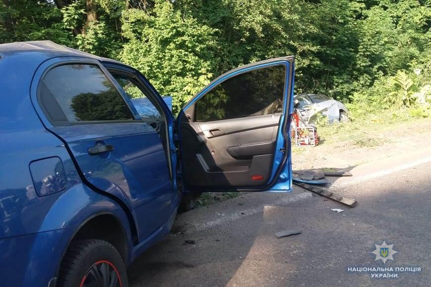 На Літинщині зіткнулись дві іномарки — один загинув, троє травмовані